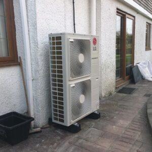 Установка теплового насоса  LG Therma V -HN1616.NK3, HU141.U33