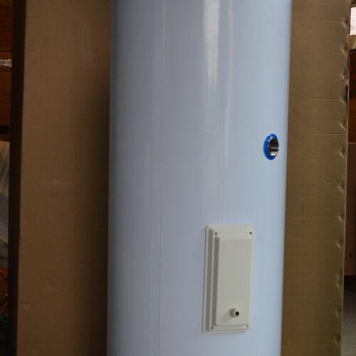 Нержавіючий бак нагріву ГВП Raymer HWS 200 на 200 літрів (вбудований тен 3 кВт, змійовик 35 м.п. ревізійне вікно), вбудований анод